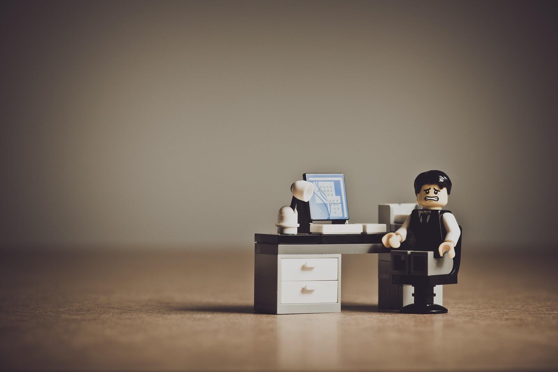 Que faire lorsque l'employeur ne vous donne plus de travail et refuse de vous licencier?